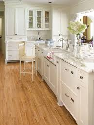 Wooden Floors In Kitchens White Kitchen Cabinets Oak Wood Floors Quicuacom