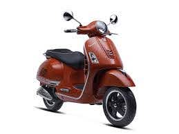 Vespa GTS 150 Super 3V: GTS Style with urban practicality