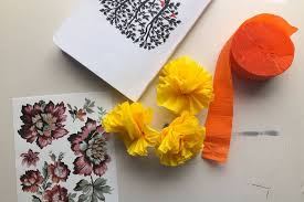 Make Crepe Paper Flower How To Make Crepe Paper Flowers Diy Crafts Party Decorations