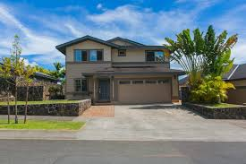 rarely available island clics single family home in mililani mauka this 3 bedroom 2 5 bath homes es with an open floor plan
