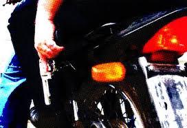 Resultado de imagem para imagens de bandidos em moto