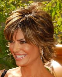 Lisa Rinna Hairstyles Lisa Rinna Hairstyle Pictures Adopting The Attractive Lisa Rinna