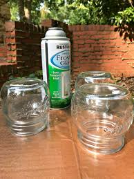 making diy mason jar lanterns spray paint and mason jars