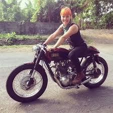 72 xs650 cafe racer moto lady