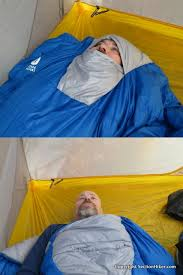 Sierra Designs Backcountry Quilt 700/ 35 Degree Review - Section ... & The hood is there when you need it, but folds away into the chest when Adamdwight.com