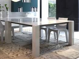 5 Simple But Eye-Catching Dining Table Designs