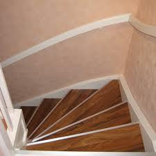 Trockenbaulösungen sind zwar möglich, dauern aber lange und es gibt viel schmutz durch schleifen und spachteln. Offene Treppe Renovieren