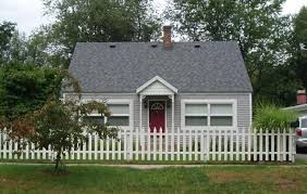 white picket fence. The Cottage With The White Picket Fence! White Picket Fence O