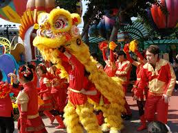 rituals and customs to celebrate chinese new year a lion dance in progress acirccopy shankar s flickr