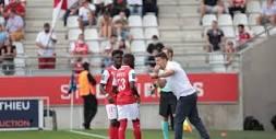 medias.lequipe.fr/img-photo-jpg/l-entraineur-du-st...