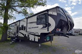 2017 road warrior 427 toy hauler fifth wheel by heartland vin 337939 at greatlakesrvcenter