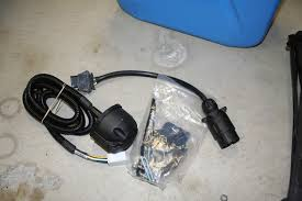 land rover oem genuine trailer wiring harness complete land rover oem genuine trailer wiring harness complete this trailer wiring harness is new and sells at the popular sites for 249 00 plus shipping and tax