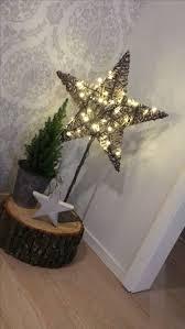 Weihnachten Dekoration Holzstamm Stern Beleuchtet