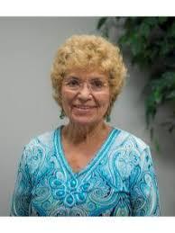 Marlene McGregor, CENTURY 21 Real Estate Agent in Carbondale, IL
