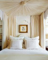 Luxury Bedrooms With Canopy Beds