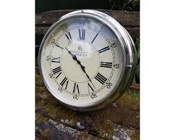 round 47 bond street london wall clock
