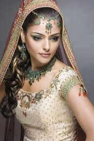 there s lots of wedding makeup artist is well acquainted with type that suits diffe skin