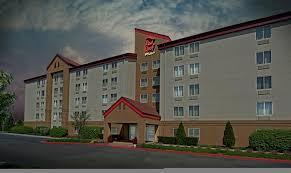 garden city inn. Red Roof Inn PLUS+ Long Island - Garden City, East City Compare Deals