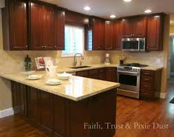 10x10 Kitchen Layouts Google Search Kitchen Cabinets 10x10