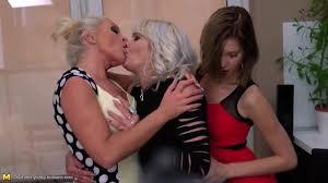 Xhamster lesbian mums fuck
