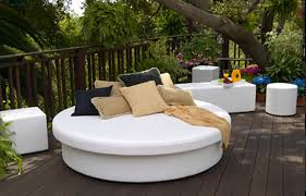 Modern and Elegant Seating Design for Home Outdoor Furniture