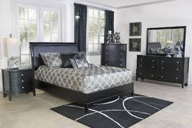 Diamond Queen Bed in Black | Mor Furniture for Less