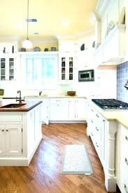 kitchen rug runners l shaped rug runner l shaped kitchen rug corner rugs traditional wooden cabinet kitchen rug runners
