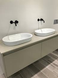 copper coloured bathroom accessories. from shiny metallics such as silver, rose-gold or copper to stylish matt black fittings, you know there is the perfect coloured brassware piece for your bathroom accessories