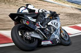 2018 bmw hp4 race. simple bmw to be expected at this level of performance is brembo braking using a pair  gp4r callipers with titanium pistons and 320 mm diameter rotors in front  for 2018 bmw hp4 race