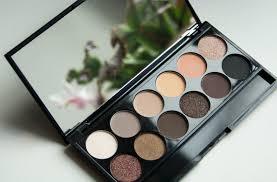 sleek makeup i divine au naturel palette 601