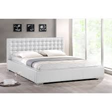 Queen Size Platform Bed More Interesting Than Other to Family