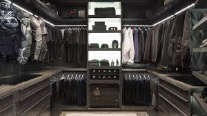Walk in closet Loft Conversion Lisa Adams Of La Closet Design In Los Angeles Created His And Her Closets In Oppein In Luxury Homes Walkin Closets Dazzle Mansion Global