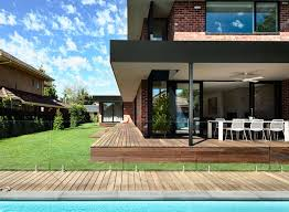 a california style house in elsternwick close to melbourne