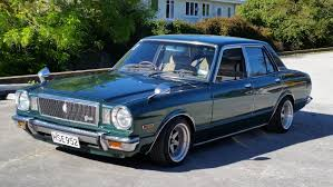 1979 Toyota Corona Mark II with a 1GZ-FE V12 – Engine Swap Depot