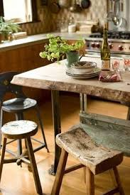 beautiful rustic edge to this table want this for my dining room table