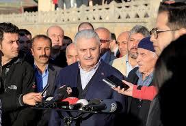 Başbakan Yıldırım bayram namazını köyünde kıldı