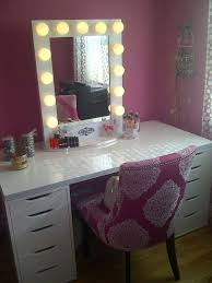 white makeup vanity with lights. hollywood style vanity mirror with lights and old lighted white makeup z