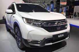 2018 honda hybrid. exellent honda not a radical update in looks for the 2018 honda crv intended honda hybrid