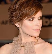 تسريحات شعر قصير سهلة وبسيطة الراقية