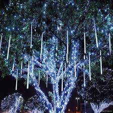 15 Magical Christmas Lights Outdoor Ideas 2017