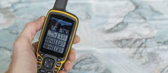 Top 7 Best Gps For Hiking Of 2019 The Adventure Junkies