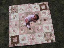 Happy Quilting: Quilt Tutorials & Snuggly Squares Adamdwight.com