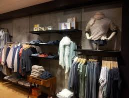 ... Clothing Store interior decoration ...