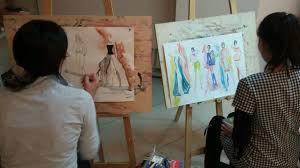 Новости Завершается подготовка к курсовой работе по предмету  В течении обучения в Первой Столичной школе Дизайна и Моды группа Дизайн конструирование и технология пошива приступает к пошиву собственной коллекции