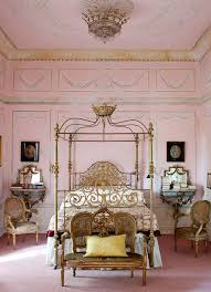 Antique Bedroom Decor