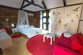 Raspberry Bedroom The Raspberry Apartment Lets Golets