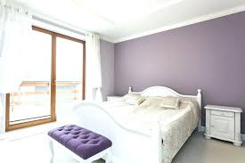 what color bedding goes with purple walls white bedroom fl bedspread and blue wal