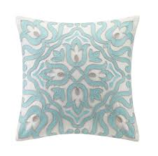 Cool White And Blue Floral Pillow Design Ideas For Living Room Sofa