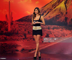 Belen Rodriguez attends Colorado Italian TV Show on October 5, 2011...  Nachrichtenfoto - Getty Images