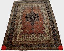 light side of an oriental rug top closer